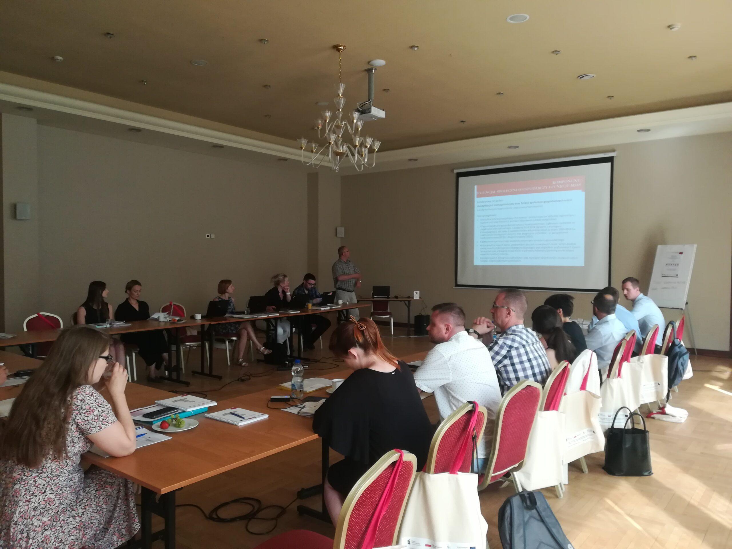 III seminarium w ramach projektu Powiązania funkcjonalno-przestrzenne ośrodków miejskich